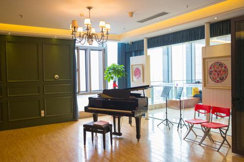 三角钢琴琴房